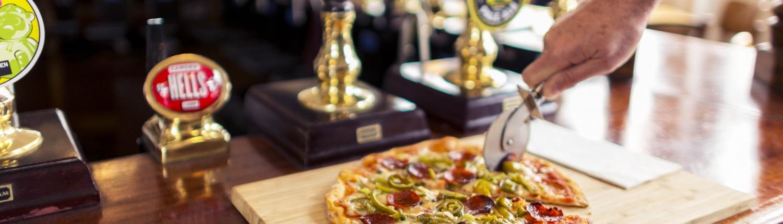 The Mitre TW9 Pizza