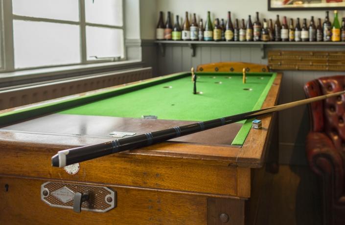 The Mitre TW9 Bar Billiards